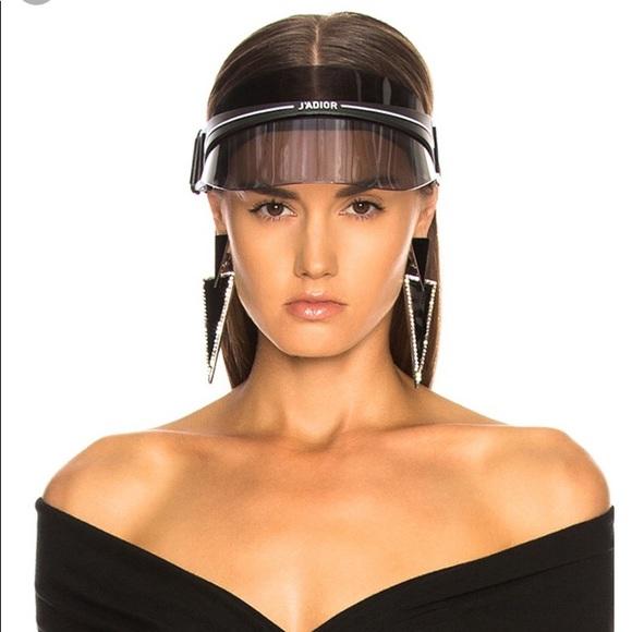 """a9c9f9e5a7a Black Christian Dior """"DiorClub1"""" visor"""